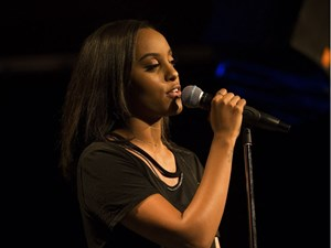Ruth B delights friends and fans alike at packed Starlite Room show