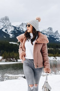 How To Style A Casual Winter Boot