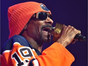 Weed was the word at Snoop Dogg's Rogers Place hip hop buffet