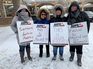 AUPE Healthcare Worker Rally (Dec. 13, 2019)