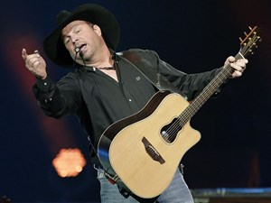 Garth Brooks' must-see return to 90's country had fans two-stepping in the aisles all night long at Rogers Place