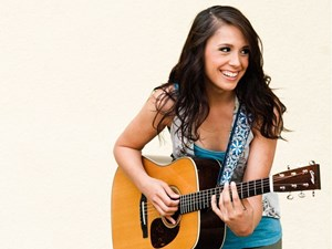 Los Angeles singer-songwriter Samantha Schultz returns to Edmonton roots for two shows