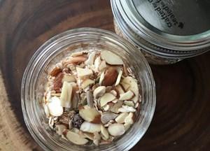 Make Ahead Easy Instant Oatmeal Jars