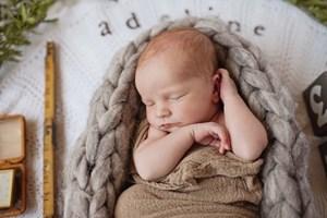 Adeline Orpha   Rustic Newborn Photography