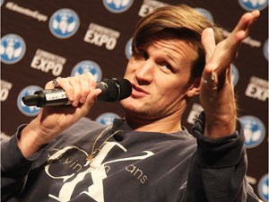 Data and the Eleventh Doctor talk death and space cats at Edmonton Expo