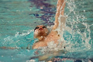 Six more medals for swim teams