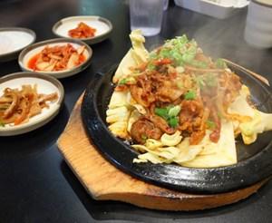 Edmonton Restaurant Review: Wing Chicx