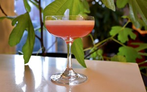 FREE SPIRITS: REVIEW & COCKTAIL (THE BLUEBIRD)