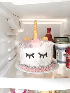 Hilarious Pinterest Fail Rainbow Cake