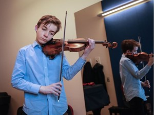 Teenage violinist to play 'the Olympics' of music competitions