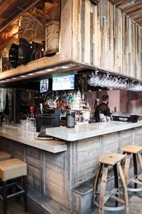 Downtown Edmonton Restaurants For Lunch | Cask & Barrel on 104th Street