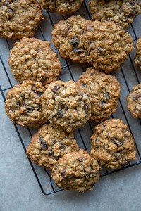 Dad's Vanishing Oatmeal Raisin Cookies -Right Off the Quaker Oatmeal Package