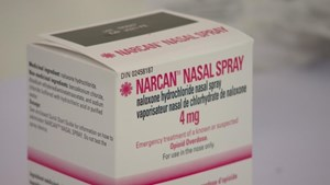 Pharmacists hand out free naloxone spray on Edmonton's Whyte Avenue