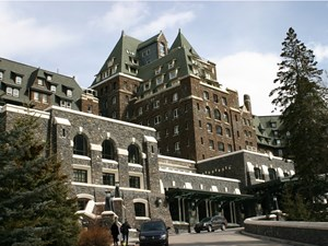 Coaxing tourists off the beaten path: Solving Alberta's hotel crisis