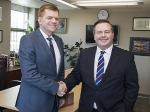 Graham Thomson: Mystery of the PC-Wildrose discussion group solved — sort of
