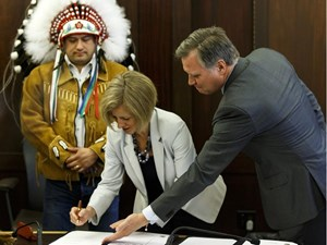 '60s scoop apology must be thoughtful: Alberta Indigenous relations minister