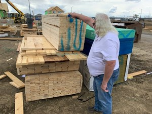 Surging lumber prices turn wood into a hot commodity for homebuilders and thieves