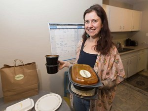 Driving appetites: Food delivery apps making inroads in Edmonton