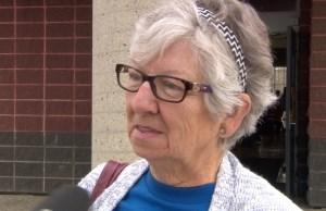 Turnout brisk as advance polls open in Edmonton