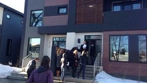 Planners, residents tour Edmonton infill